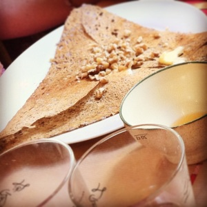 crepes in montmartre